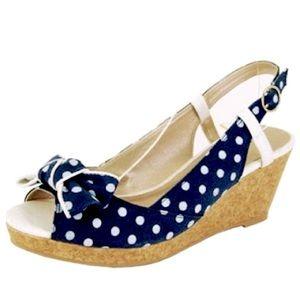 NWOT Qupid | Peep Toe Sandals